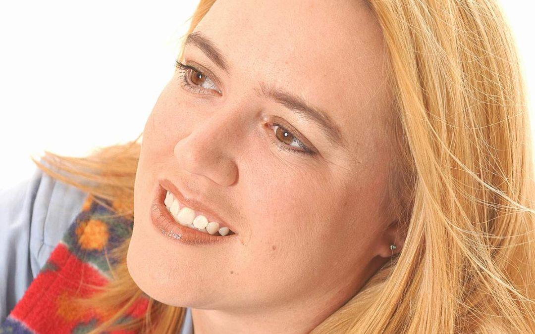 Marilize Roos – Author